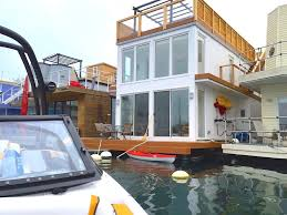 Floating Houses What It U0027s Like To Live On One Of Toronto U0027s Floating Houses Daily