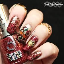 the golden ummm turkey thanksgiving nail art design