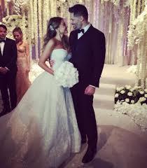 zuhair murad wedding dresses sofia vergara s zuhair murad wedding dress vogue