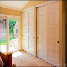 Discount Closet Doors Wood Bypass Closet Doors Gcmcgh