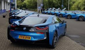 Bmw I8 Performance - entire leicester city team given blue bmw i8