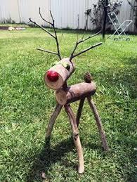 How to make DIY Wood Branch Reindeer Christmas Decoration