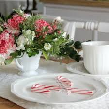 table arrangements cool and trendy white themes oranaments christmas table