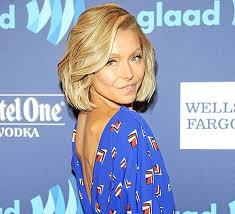 kelly ripa haircut 2015 kelly ripa reveals that she dyed her hair bright pink via instagram