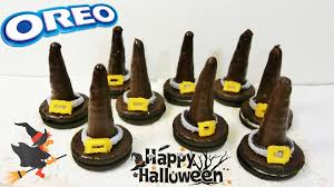 Cheap Halloween Appetizers by Oreo Witch Hats Diy Halloween Treats How To Make Easy Oreo