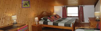 chambres d hotes marais poitevin chambres d hotes et roulottes avec table d hotes au coeur du