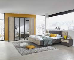 schwebetã renschrank schlafzimmer spiegelschrank schlafzimmer bananaleaks co