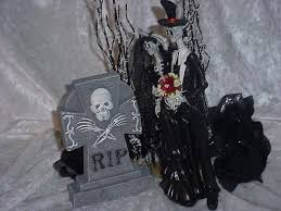 modern style halloween wedding cake toppers with halloween