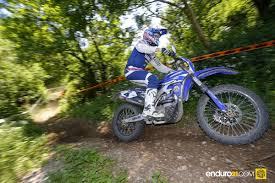 enduro motocross racing enduro21 tight racing at french enduro championship