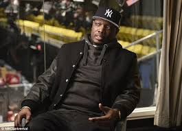 kleink che snl appoints michael che as black writer daily mail