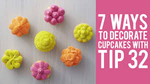 cupcake decorating tips how to decorate cupcakes with tip 32 7 ways
