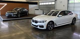 bmw car of the year nyias 2016 bmw 7 series chauffeurs luxury car of the year