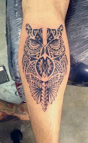 tattoo tribal na perna masculina tatuagem maori tribal polinésia coruja perna panturrilha