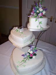 heart wedding cake heart wedding cakes an original way of spicing up idea in 2017