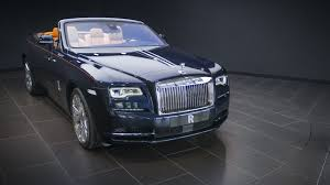 rolls royce phantom 2016 newmotoring wave goodbye to the rolls royce phantom