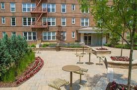 Apartment Courtyard Highland Park Apartments In Nj For Rent Parktowne Apartments