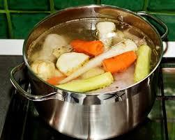 cuisiner poule recette poule au pot farcie