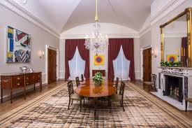 white house tours obama michelle obama redecorates white house dining room ny daily news