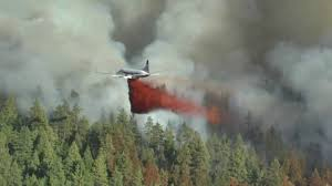 Wildfire Bc July 2015 by Bc Airtankers Battle New Peachland Wildfire Sept 02 2017 Youtube