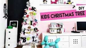100 holiday kid crafts crafts for kids holiday shaker tag