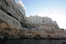 Cliffside Restaurant Italy by Cave Restaurant In Italy The Best Cave