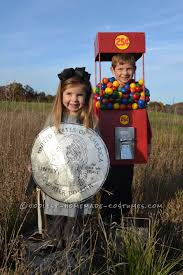 cool duo costume a gumball machine and a quarter duo costumes