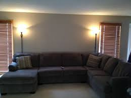 what would look good on wall behind couch