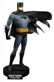 batman year one batman year one dvd maquette