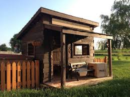Build A Backyard Fort The Wild West Comes To The Backyard