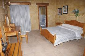 Small Bedroom With Ensuite Bedroom Ensuite Lakecountrykeys Com