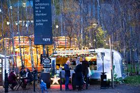 a classic christmas in london a traveler s guide wsj royal christmas fairs globally overview hot christmas