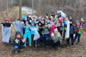 Tree Event End Plastic Pollution On Earth Day By Participating In A Clean Up