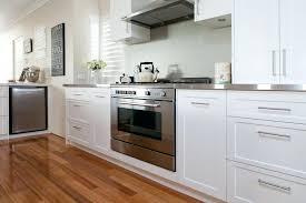 a tout faire cuisine machine cuisine a tout faire les colonnes de rangement coulissantes