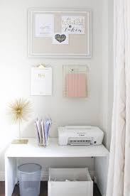 Pink And Gold Bathroom by Best 25 Pink Home Offices Ideas On Pinterest Pop S Pink Desk