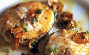cuisiner le merlu merlu à l ail croustillant et huile d olive marine stewardship