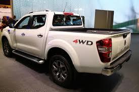 renault alaskan 2017 new alaskan pickup brings ruggedness to renault u0027s paris stand
