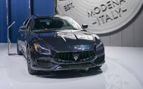 maserati blacked out maserati levante ghibli and quattroporte get a new nerissimo