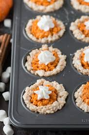 mini pumpkin pie rice krispie treats are for the fall and
