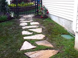 Patio Stone Designs by Outdoor And Patio Stone Walkways Designs For Homes Surrounding