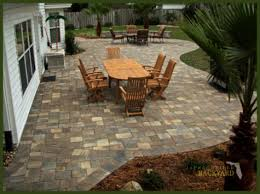 Pavers In Backyard by Jacksonville Pavers Curved Design Patio Jpg 475 355 For The
