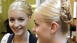 Dirndl Frisuren Mittellange Haare Anleitung by Welche Frisur Zum Oktoberfest Anleitungen Für Die Besten Dirndl