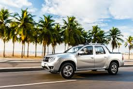 renault pickup truck renault duster oroch pickup truck released in brazil 73 photos