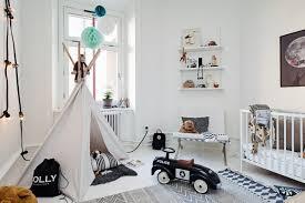 chambre enfant noir et blanc chambre fille blanche idées de décoration capreol us