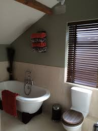 dulux bathroom ideas roll top bath terrace wall colour dulux overtly olive