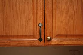 Handles For Kitchen Cabinets  Home Ideas Collection - Pictures of hardware on kitchen cabinets