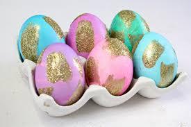 glitter easter eggs diy gold glitter brush stroke easter eggs brite and bubbly