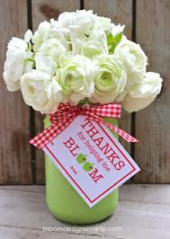 what to give as a thank you gift best gifts that they will actually