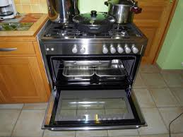 fourneau de cuisine prix d un piano de cuisson maison design hosnya com