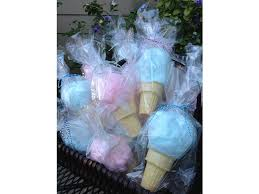 cotton candy party favor 12 awesome diy birthday party favors for kids