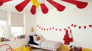 chambre cirque comment aménager une chambre d enfant sur le thème du cirque